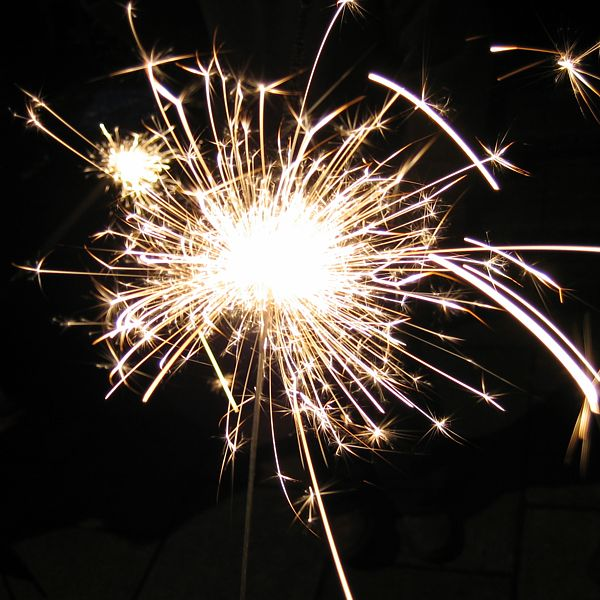 http://www.indiemusicpeople.com/uploads2/SPARKLERS_-_sparklers_5-9-09_white_bursting_LARGE.jpg